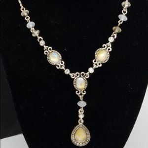 Avon Vintage Necklace